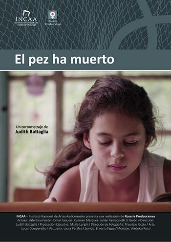 Afiche de El pez ha muerto, cortometraje, Rosaria Producciones
